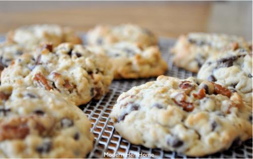 Cookies on grate